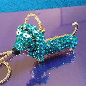 Betsey Johnson Weiner dog /Dachshundog necklace.